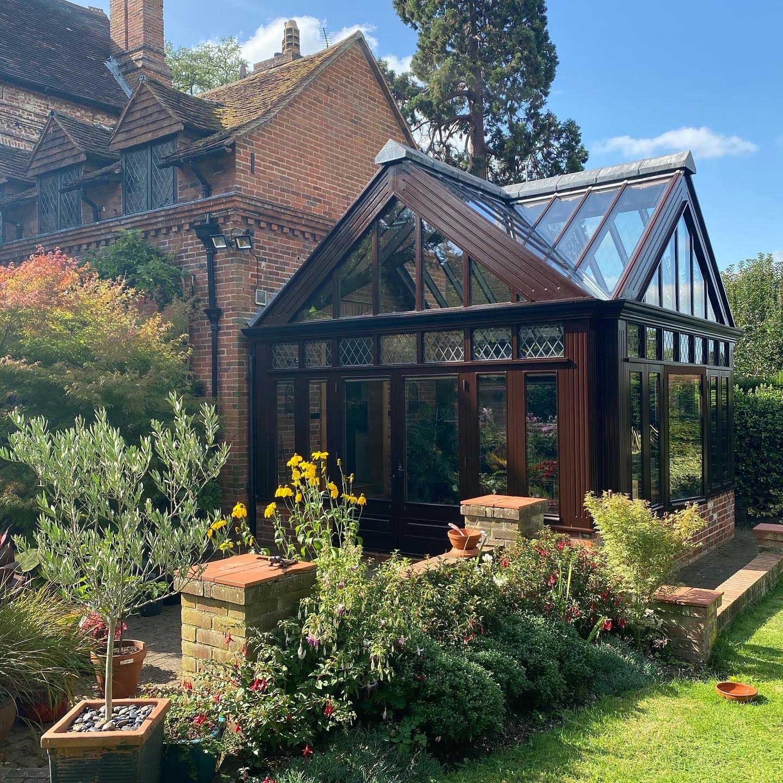 bespoke conservatory renovations surrey